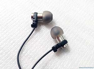 brainwavz omega in-ear headphones