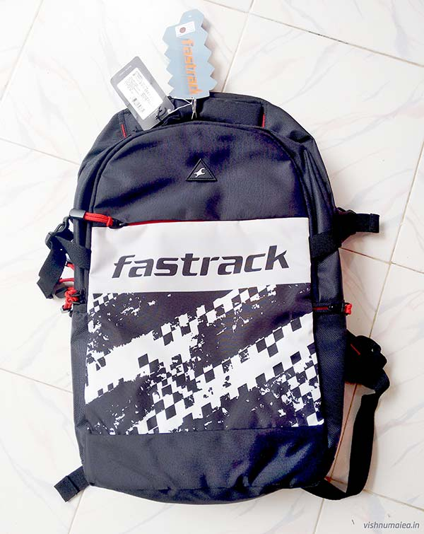Fastrack Black Offbeat Ergolight backpack A0753NBK01 review