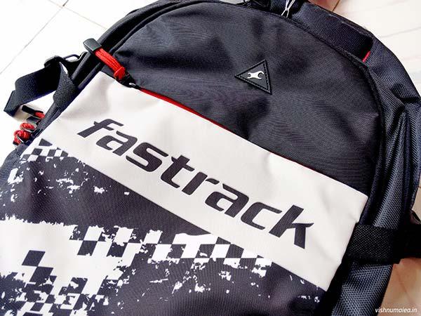 Fastrack Black Offbeat Ergolight backpack review - logo.
