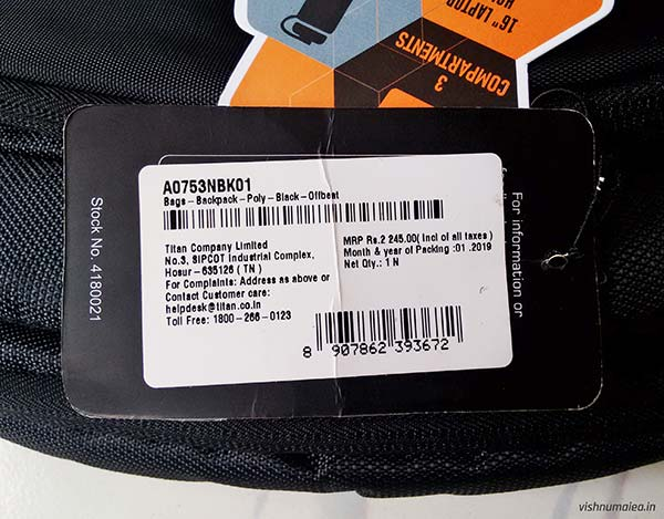Fastrack Black Offbeat Ergolight backpack review - price tag.