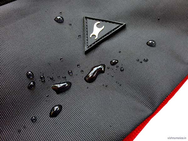 Fastrack Black Offbeat Ergolight backpack review - water resistant.